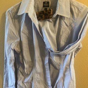 Express, 6 Women's dress shirts. Long sleeved. MD.